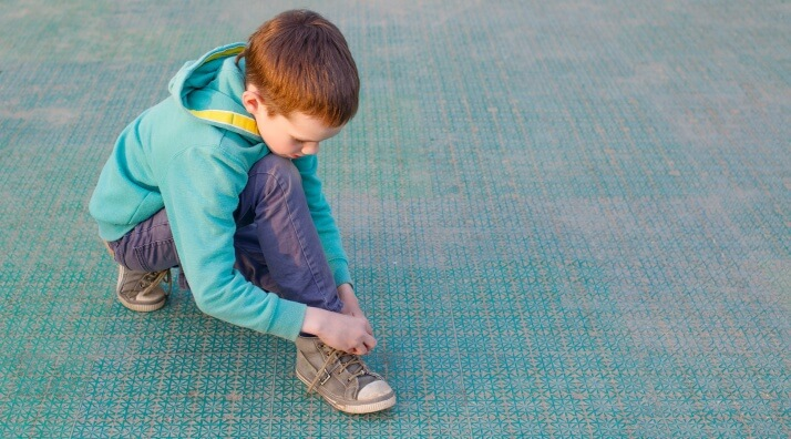 Help Kids Learn About Shoes: Tying & Learning Left from Right